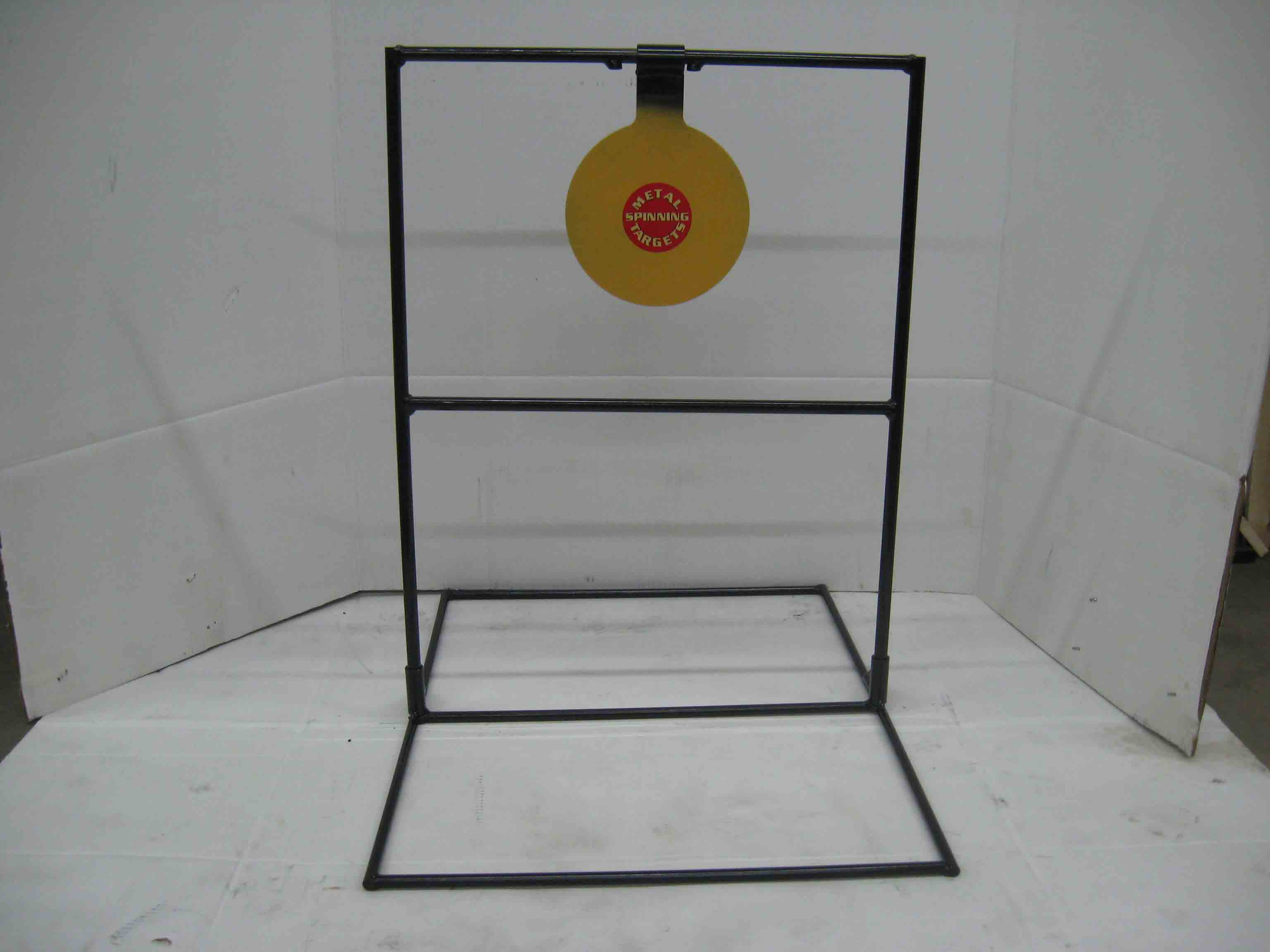 Single large steel shooting target with optional base